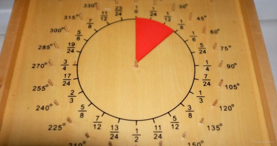 Montessori protractor