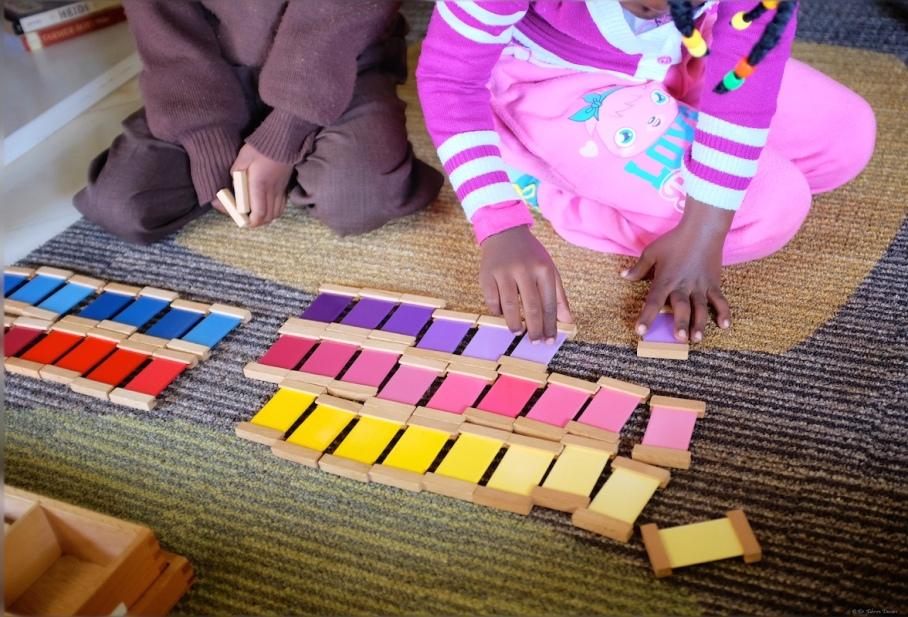 Colour graduation tablets