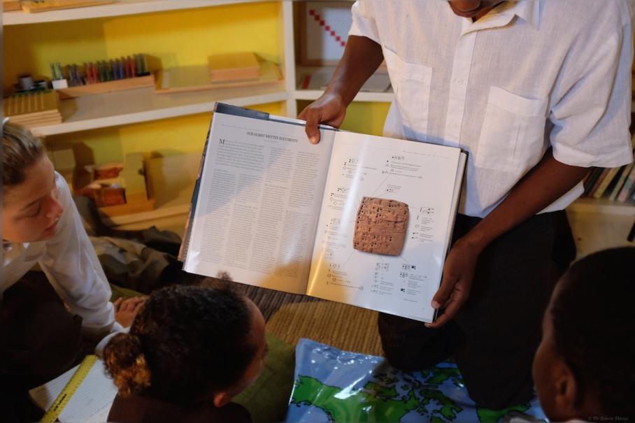 Sumerian cuneiform writing - an early form of hieroglyphics